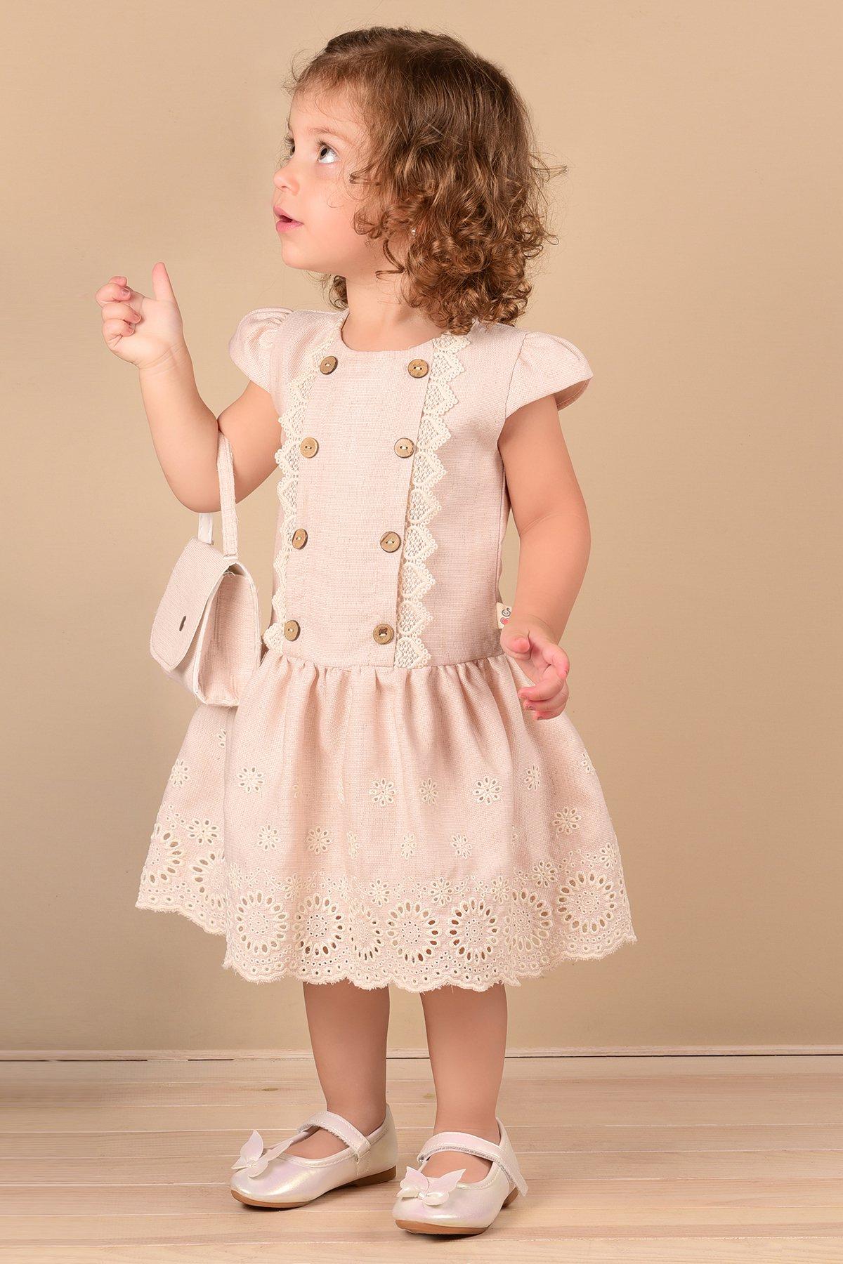 Düğme ve Güpür Detaylı Brode İşlemeli Çantalı Keten Elbise